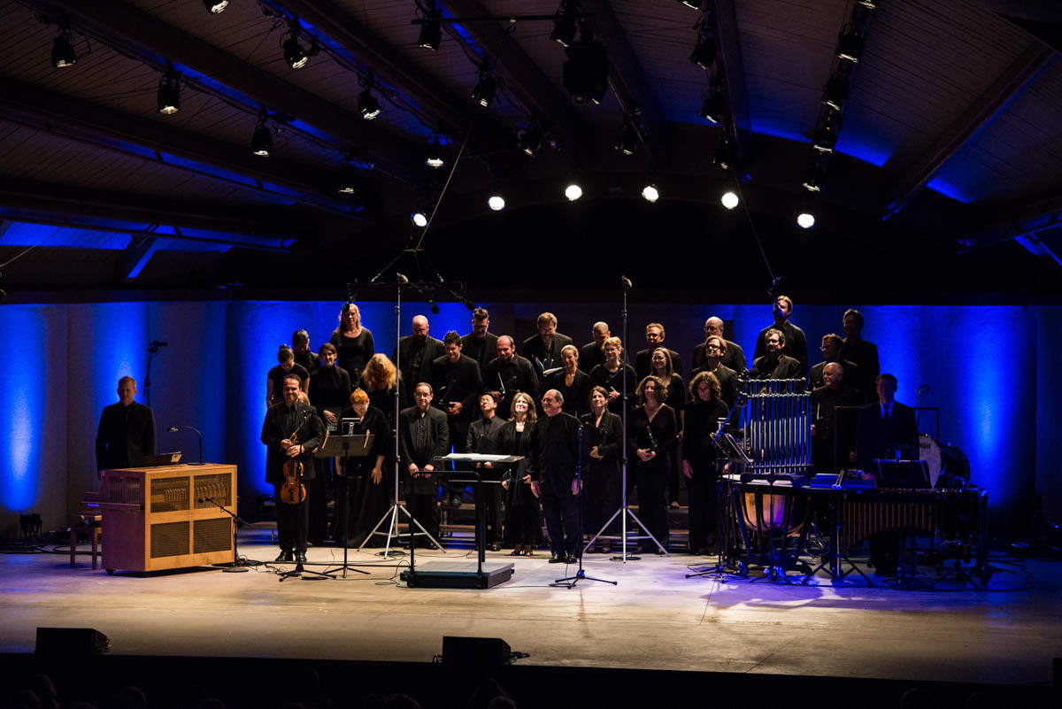 Robert Spano conducts the performance of The Rothko Chapel by the Ojai Festival Singers